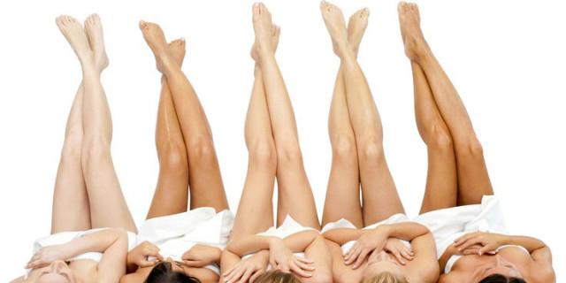 Lividi sulle gambe: le possibili cause e tutti i rimedi