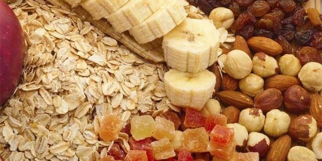 Alimenti ricchi di fibre.