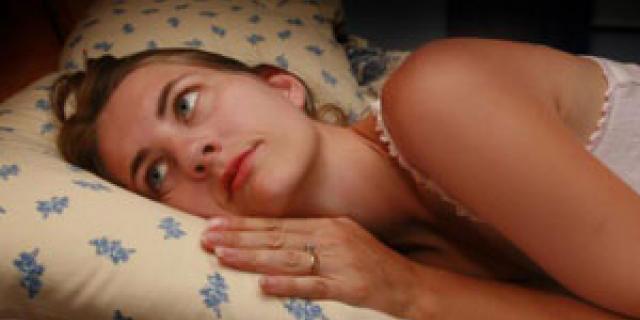 dicerie-sul-sonno ragazza nel letto