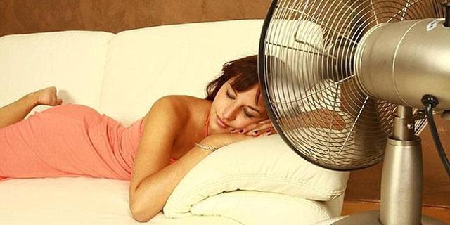 dicerie-sul-sonno ragazza dorme al fresco