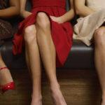 Gambe accavallate: cosa dicono di te e 5 motivi per cui non dovresti tenerle così
