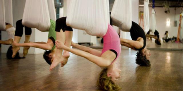 posizione del cammello yoga