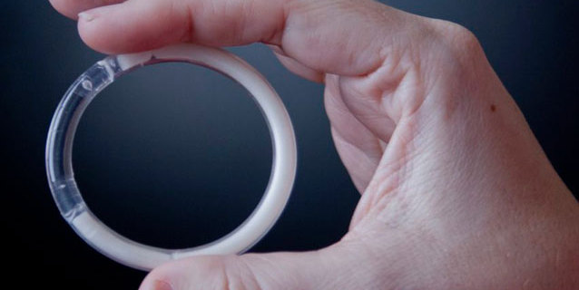 Anello anticoncezionale vaginale: pro e contro e come si usa