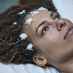 CFS, la malattia che ruba la vita a milioni di persone, ma di cui nessuno parla
