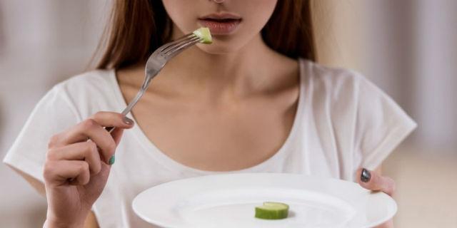 """""""Obiettivo 35 chili"""": chiuso il blog che istigava all'anoressia"""