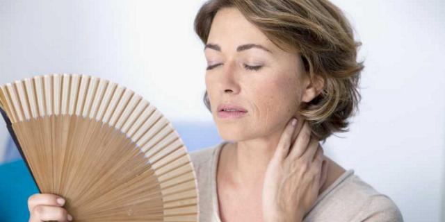 Come contrastare le vampate di calore (no, non vengono solo in menopausa!)