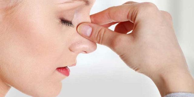 Cosa comporta avere un setto nasale deviato?