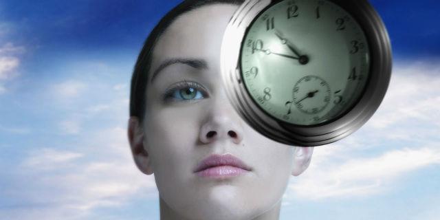 Superare il panico e i traumi con l'ipnosi regressiva