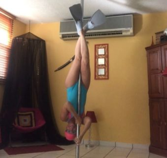 Le ragazze della pole dance: 11 modi alternativi di usare il palo