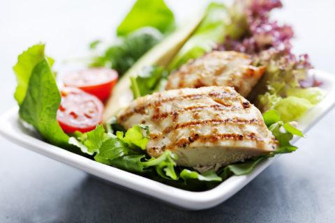 dieta del brodo insalata di pollo