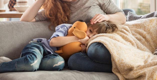 Sinechie delle piccole labbra: bambina e mamma