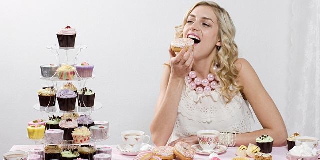 Iperfagia, il vuoto incolmabile di chi non può smettere di mangiare