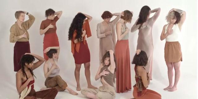 """""""Toccati le tette"""": il video che ogni donna dovrebbe vedere"""