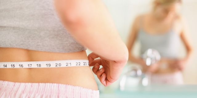 Liposuzione alimentare, vantaggi e controindicazioni: funziona?