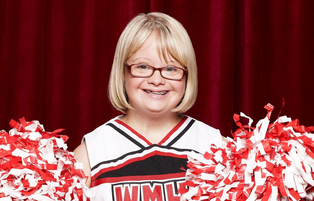 Chi è Lauren Potter, l'attrice con sindrome di Down che ci mostra la verità