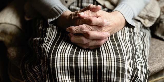 Perché l'Alzheimer colpisce in modo più forte le donne