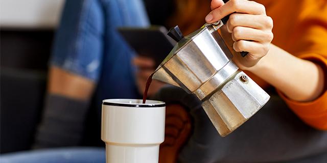 6 segnali che ti dicono che stai bevendo troppo caffè