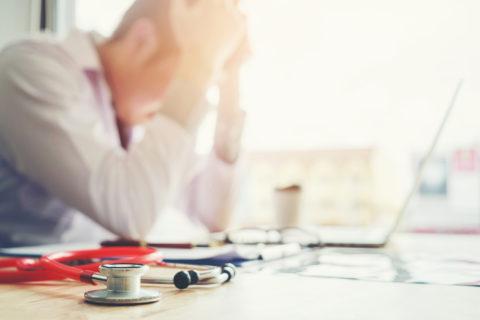 """""""Non è solo nella mia testa, non è esagerazione"""": 6 storie di burnout"""