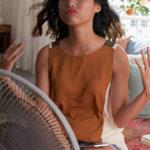 3 cose che tutti facciamo quando fa caldo ma che peggiorano la situazione