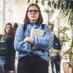 Agorafobia, come sconfiggere quella paura paralizzante che si prende la vita