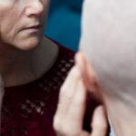 """""""Quando chiesi a mio padre di radermi la testa per il cancro e lui lo fece"""""""