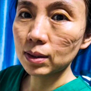 I segni sulle donne e sugli uomini che combattono il coronavirus in prima linea