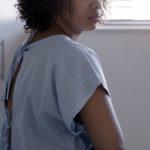 Violenza riproduttiva: le donne che vengono sterilizzate senza un vero consenso