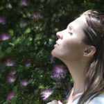 Rinascere a seconda vita attraverso la respirazione circolare