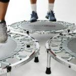 Superjump: perché i tappeti elastici fanno bene anche ai più grandi
