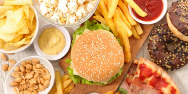 """5 cibi e alimenti """"insospettabili"""" da non mangiare"""