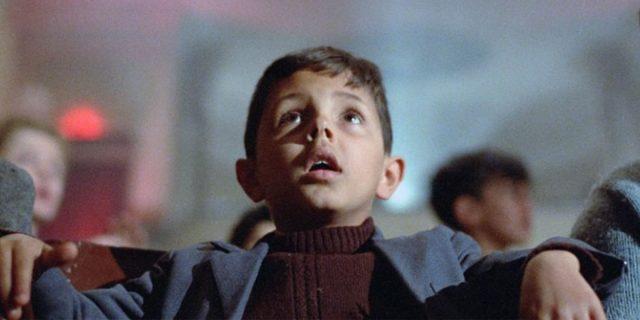 Cos'è la retinite pigmentosa che sta rendendo cieco l'attore Salvatore Cascio