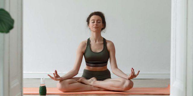 Yama e Niyama: 10 regole yoga per essere felici nelle relazioni e con se stessi