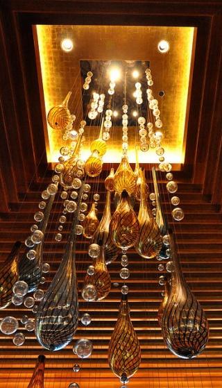 Lampadario bolle di vetro  Lampadari Geniali Che Stravolgerebbero L ...