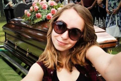 I Selfie Più Strani E Pazzi Del Web
