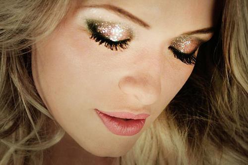 MakeUp di Capodanno 2015: Tante Idee Per Non Passare Inosservate