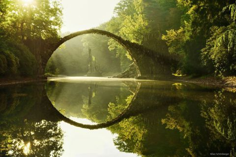 20 Ponti Incantevoli che ti Trasporteranno in un'altra Dimensione