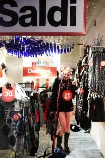 Desigual: Shopping Gratis Per Chi Si Presenta in Mutande