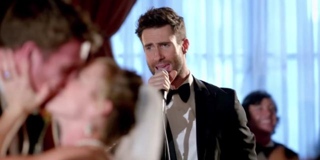 I Maroon 5 Imbucati Speciali ai Matrimoni