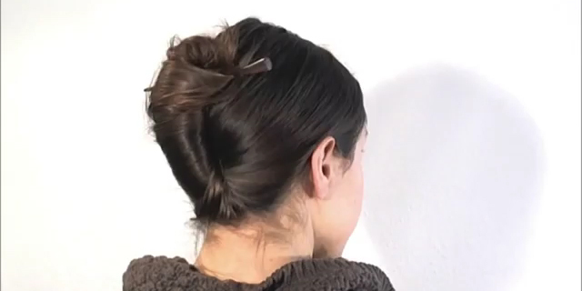 Capelli: Come fare il French Twist in un Minuto! [Tutorial]