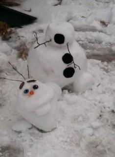 Da Snoopy ai Minions: Quando la Neve Diventa un'Opera d'Arte