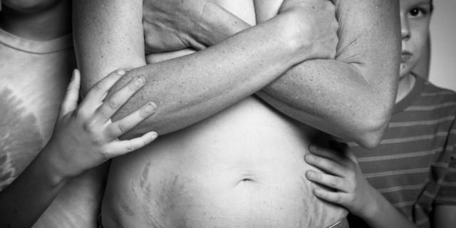 """""""A Beautiful Body Project"""" Quando il Corpo di Una Mamma Infastidisce il Web"""