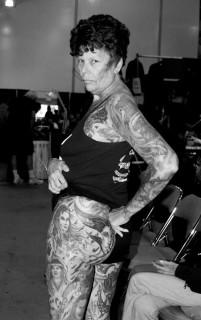 Vi Siete Mai Chiesti Come Saremo da Vecchi con i Tatuaggi?