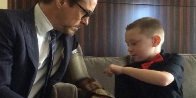 Il Regalo Speciale di Robert Downey Jr ad Un Bambino Disabile