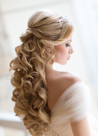 Pettinature da sposa capelli lunghi