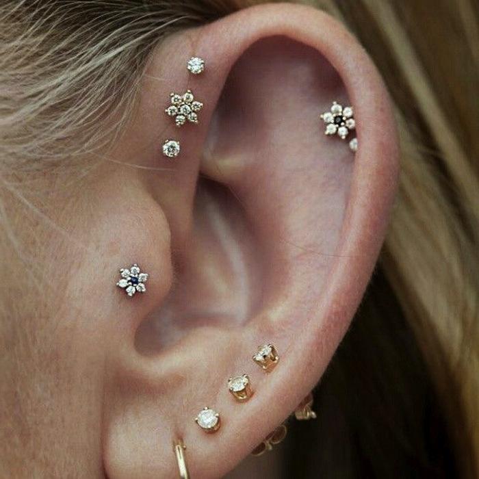 20 stupende idee per piercing all 39 orecchio a cui ispirarsi for Interieur oreille