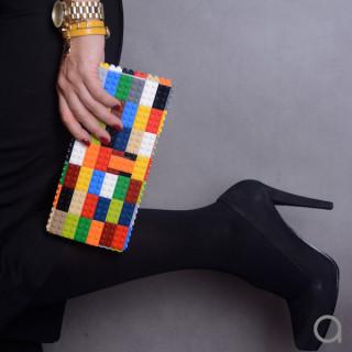Borse e Accessori Ispirati ai Mattoncini Lego che Vorrai Assolutamente