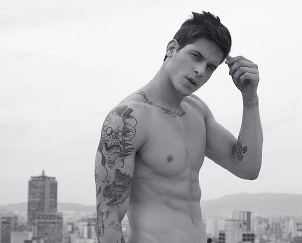 """I Tatuaggi? Sono Sexy! Ecco gli Uomini Tatuati Più """"Hot"""""""