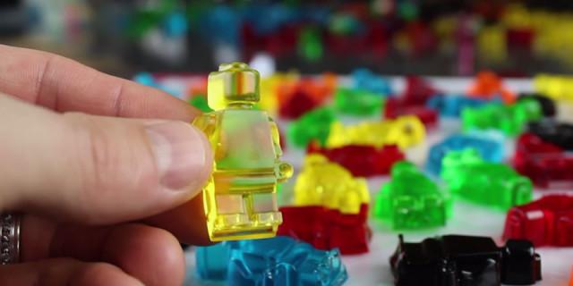 Come Fare dei Mattoncini di Lego Gommosi
