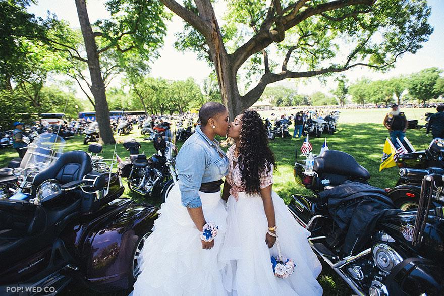 Matrimonio: 20 Foto che vi Dimostreranno che l'Amore Non Conosce Confini