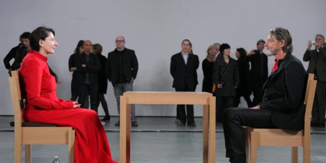 Addio a Ulay, che con Marina Abramović trasformò una storia d'amore in arte